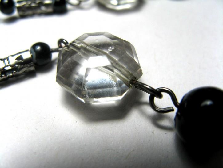 jewel-close-up_w725_h544