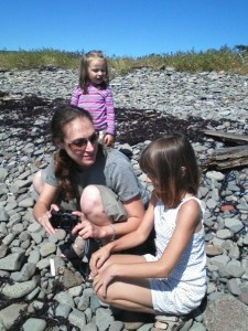 "Family at the beach - Holidays Ring ""Hollow"" For Some Children with Special Needs"