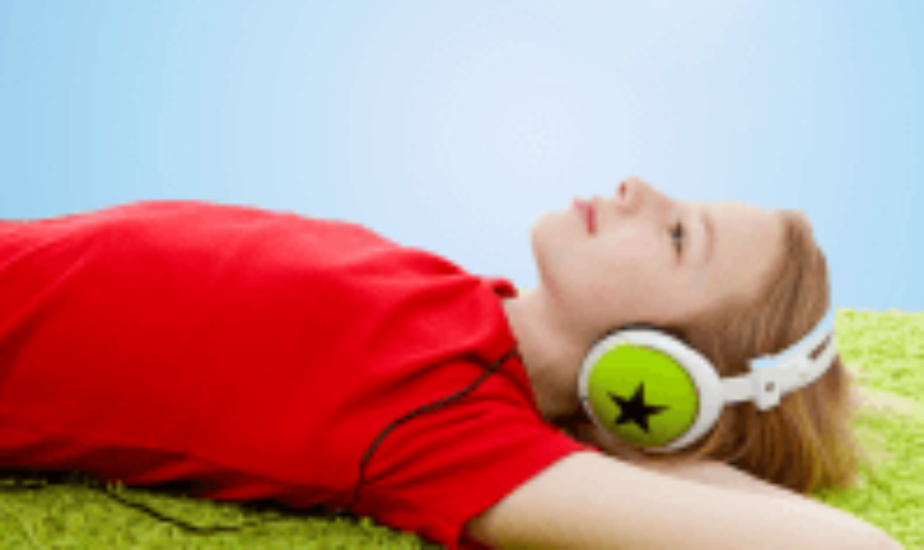 """Online Music Therapy Course for Autism – """"Meet in the Music"""" by Esther Thane"""