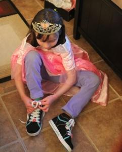 Kattie putting shoes
